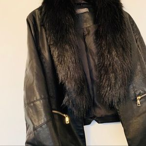 Jackets & Blazers - NWOT VEGAN 'Leather' & 'Fur' Black Jacket 🖤
